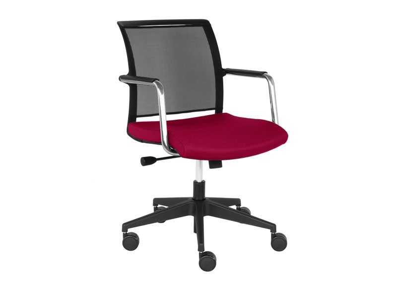 Berry and black Diva chair with armrests and swivel base
