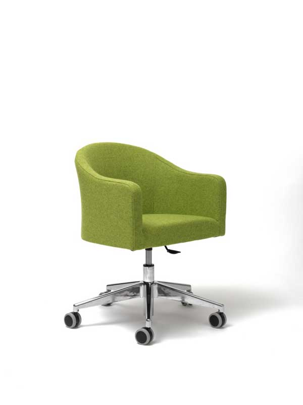 Luna chair with swivel base